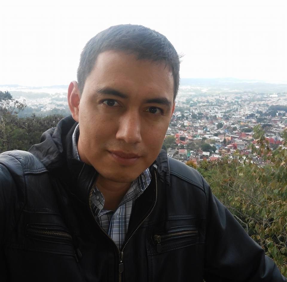 Dr. Rubén Flores